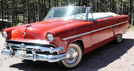 Ford Sunliner, Carro de Jake no Passado.